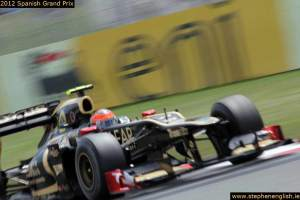 Romain-Grosjean-blurred-Barcelona-Race-2012 (2)