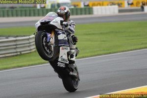 Jorge Lorenzo wheelie Valencia FP2 2012
