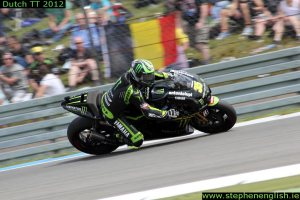 Cal-Crutchlow-cornering-Assen-MotoGP-Race-2012