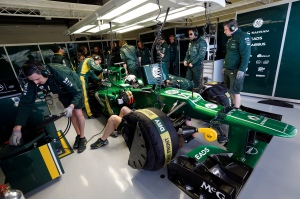 Caterham garage Giedo van der Garde Jerez Test Day 1 2013