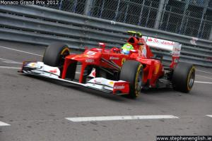 Felipe-Massa-swimming-pool-entry-Monaco-FP2-2012