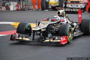 Kimi-Raikkonen-chicane-Monaco-FP2-2012