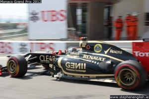 Kimi-Raikkonen-sideon-Portier-Monaco-FP3-2012