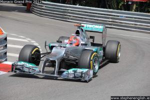 Michael-Schumacher-portier-apex-Monaco-FP3-2012