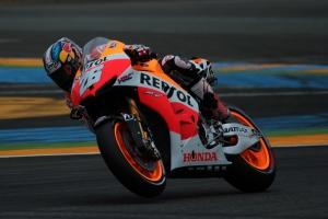 Dani Pedrosa corning Le Mans MotoGP qualifying 2013
