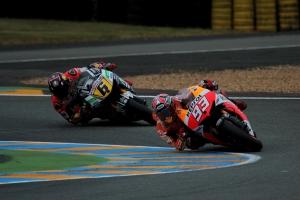 Marc Marquez Stefan Bradl Le Mans MotoGP Qualifying 2013 (5)
