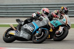 scott redding johann zarco misano moto2 race 2013