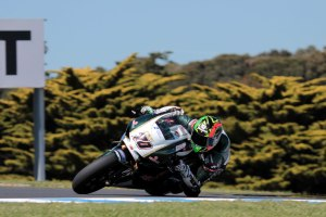 michael-laverty-philip-island-motogp-fp2-2013