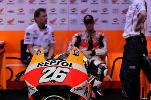 dani-pedrosa-garage-qatar-motogp-fp2-2014